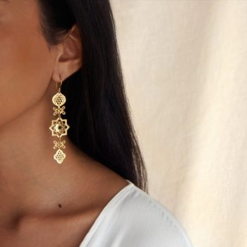 Gold long hanging earrings