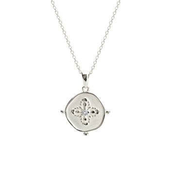 Medallion Pendant Necklace Silver