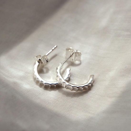 Fluted hoops in 925 Sterling silver